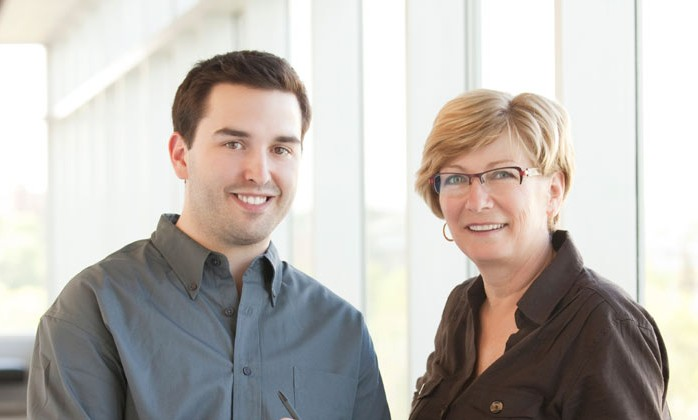 Hausmeisterservice, Haushaltshilfe oder Fahrzeugservice - unsere Kundenbetreuer beraten Sie gerne.